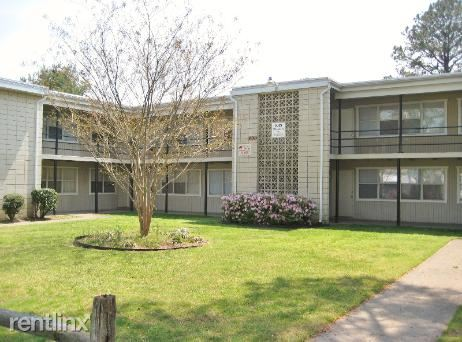 400 Warwick Ave - 625USD / month