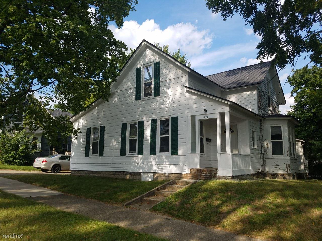 421 Stone Street, Kalamazoo, MI - $1,800