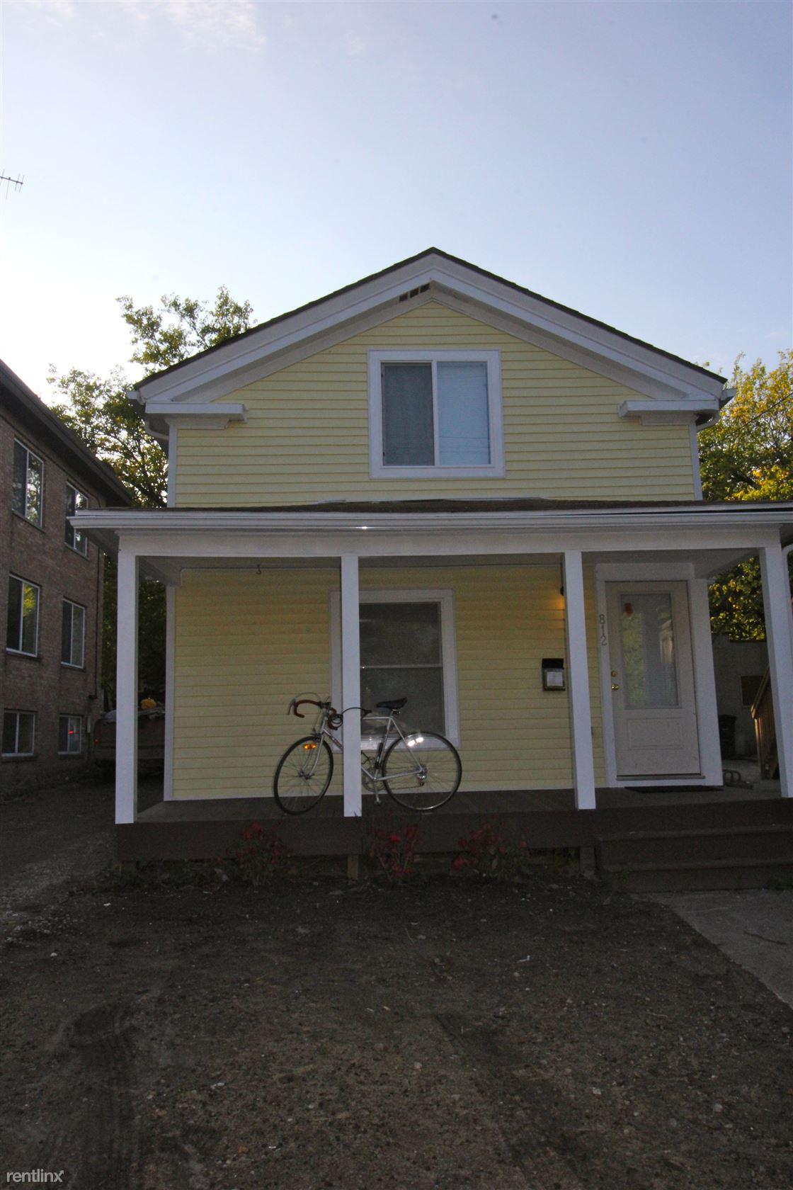 812 Brown St, Ann Arbor, MI - $3,900