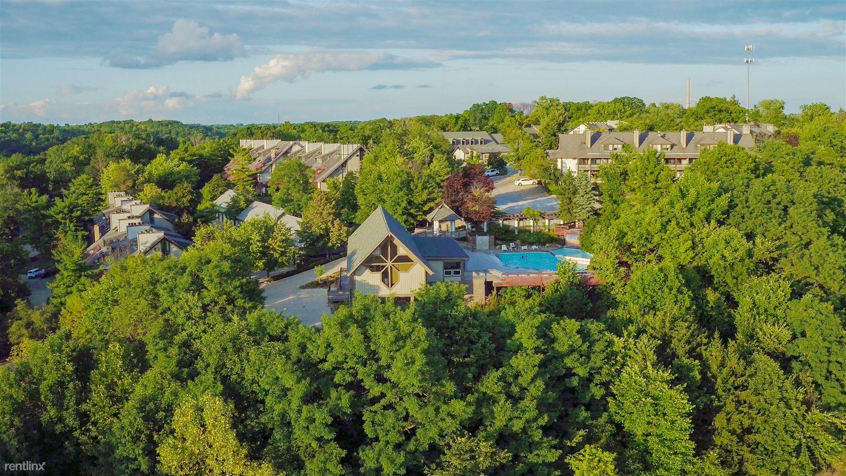 1551 Treetop Trl, Akron, OH - $810