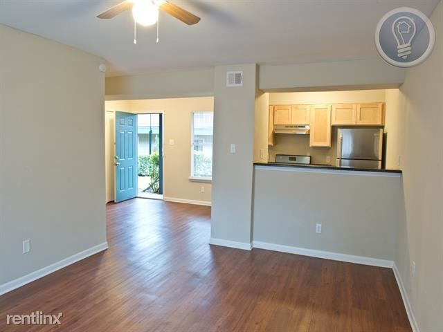 South East Austin - Property ID: 705725 - 905USD / month