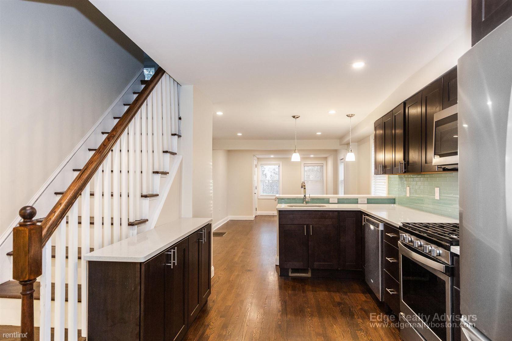 32 Harvard St, Medford, MA - $5,600