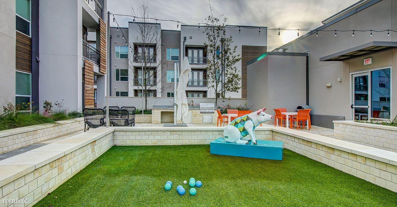 Urban-style Living In Westlake Hills, Austin, TX - $4,175