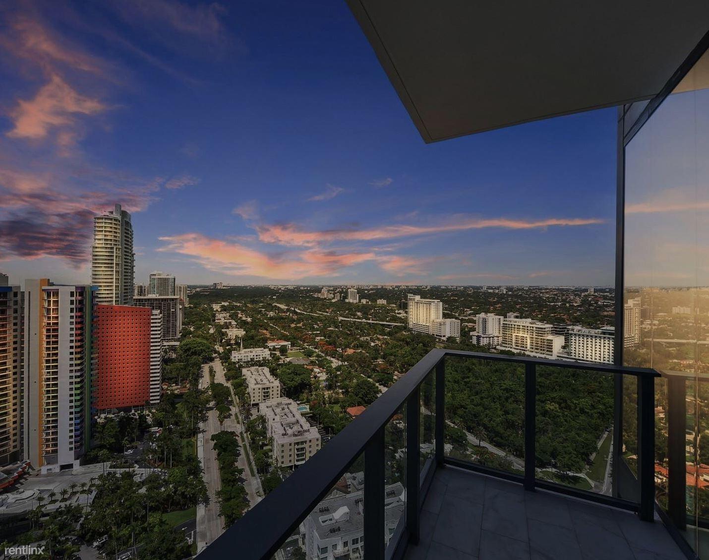 1451 Brickell Ave, Miami, FL - $3,200