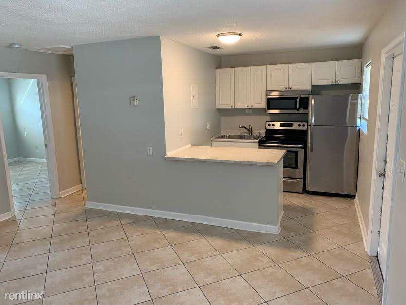 815 Tequesta St Apt 3, Fort Lauderdale, FL - $1,450