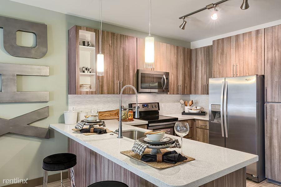 Camelback Corridor/Biltmore/Central Phoenix, Phoenix, AZ - $1,899