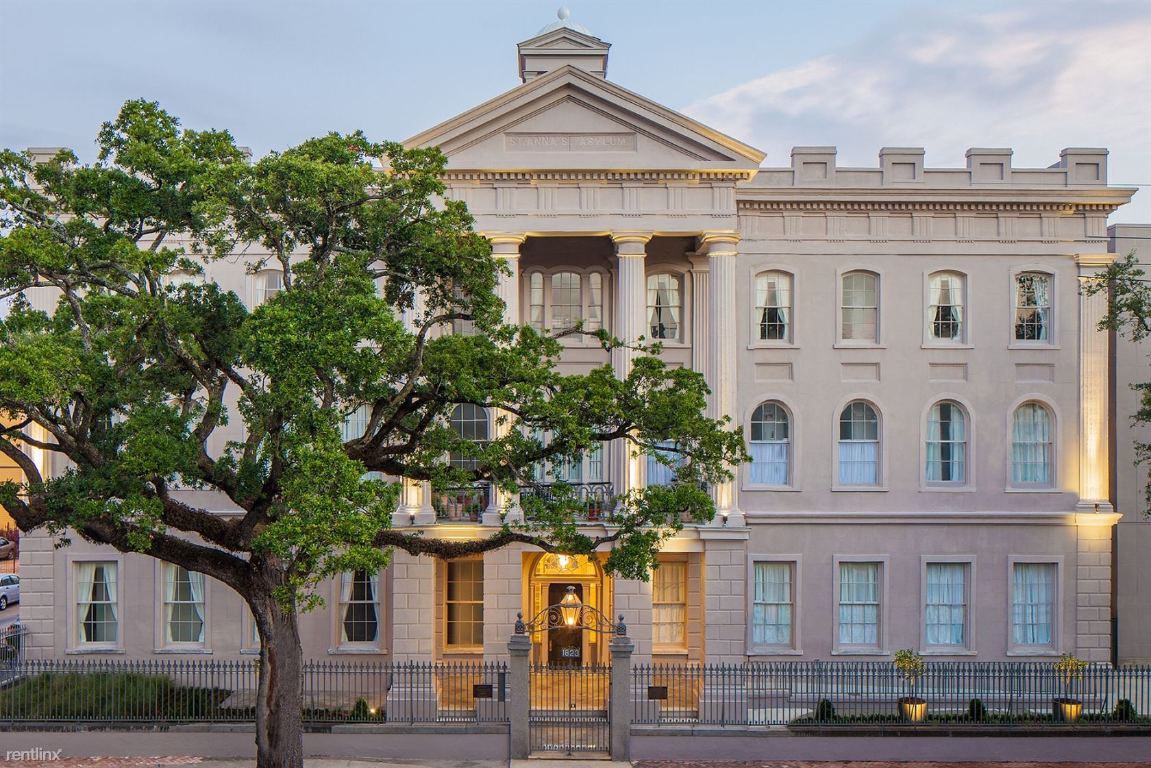1823 Prytania St, New Orleans, LA - $2,480