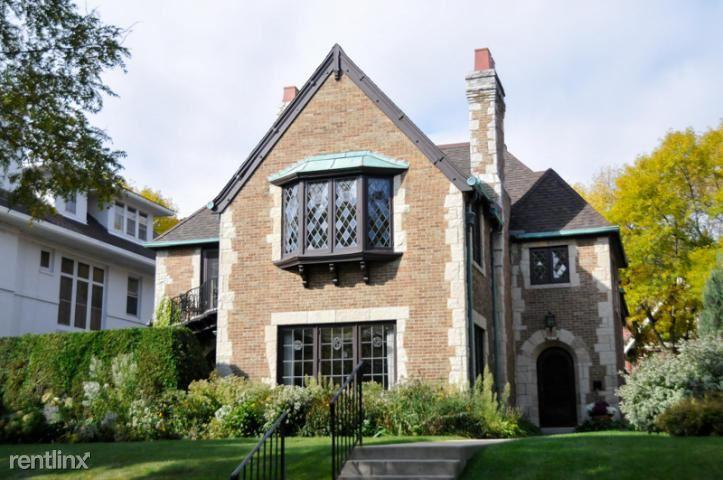 Condo for Rent in Milwaukee