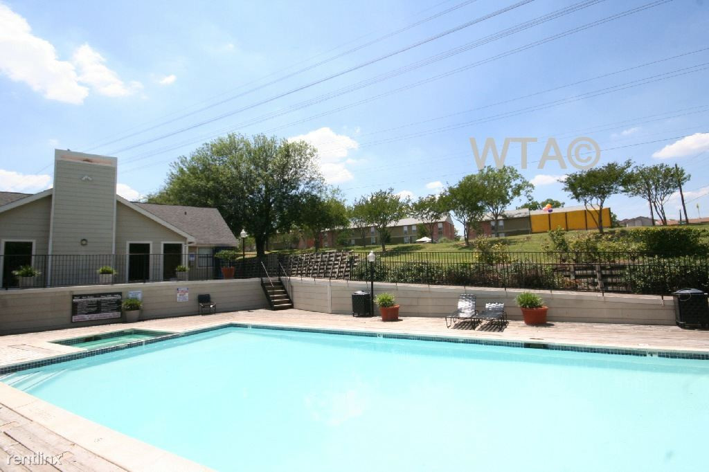 2317 S Pleasant Valley Rd, Austin, TX - $895