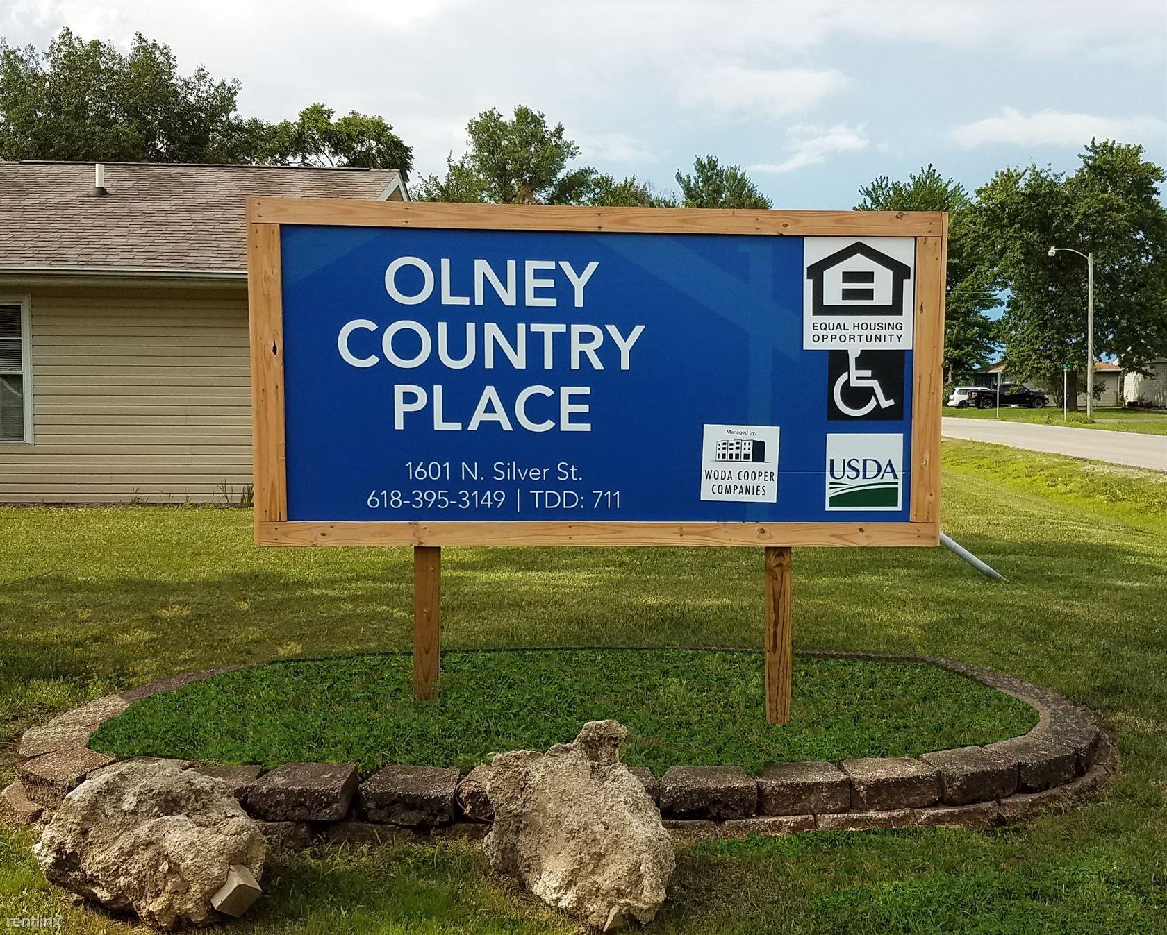 1601 N Silver St, Olney, IL - $468 USD/ month