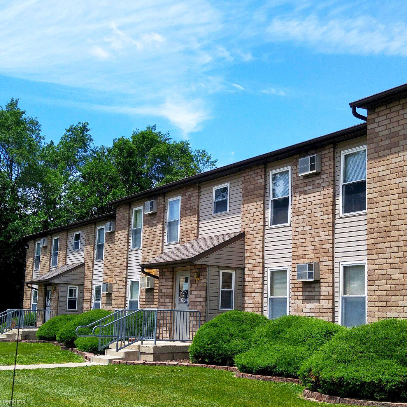 Dekalb Apartments: College Student Apartments