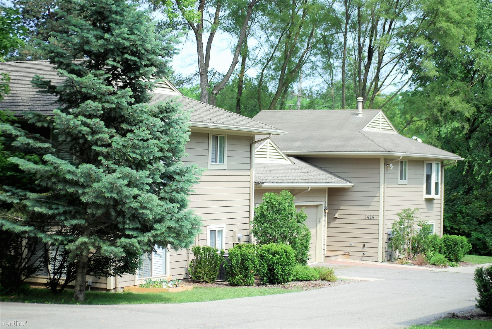 1414 Traver Rd - 3100USD / month