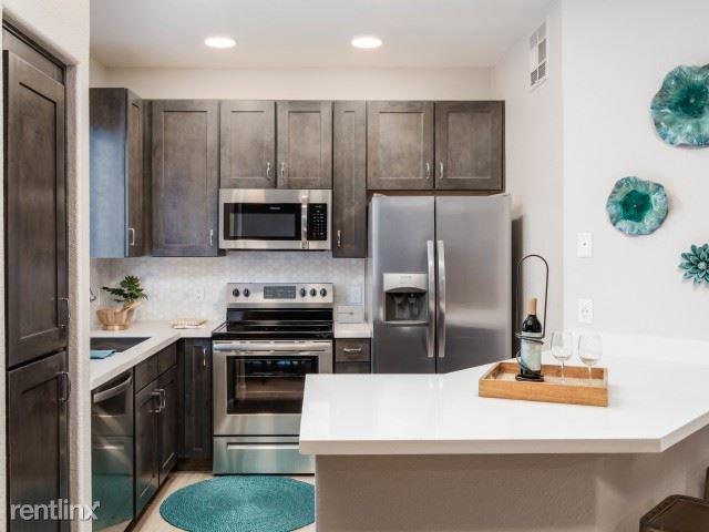 Greenway and Scottsdale Road, Scottsdale, AZ - $1,780