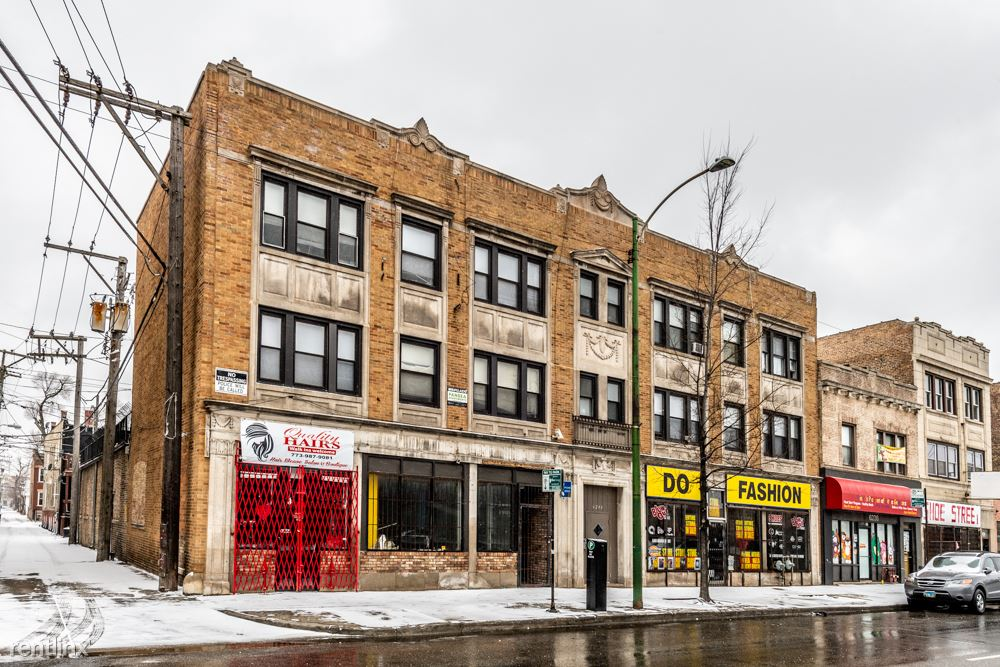 6238 S Western Ave, Chicago, IL - 650 USD/ month