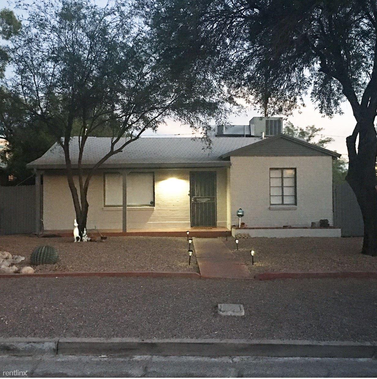 1632 E Linden St, Tucson, AZ - $2,895 USD/ month