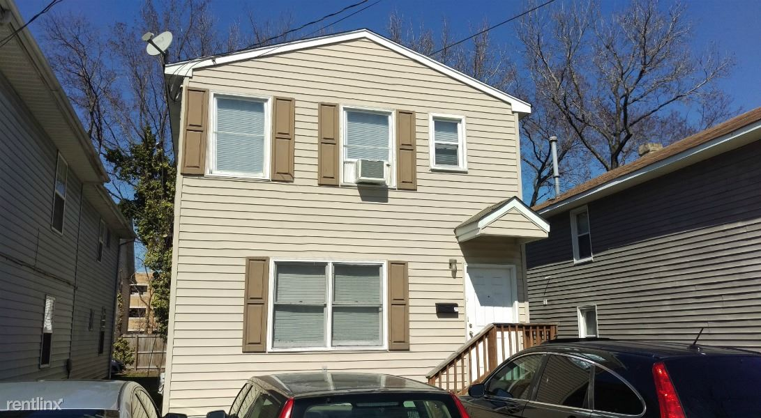 1310 W 42nd St, Norfolk, VA - $2,495