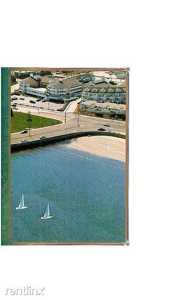 19 Beach St, Narragansett, RI - $10,000