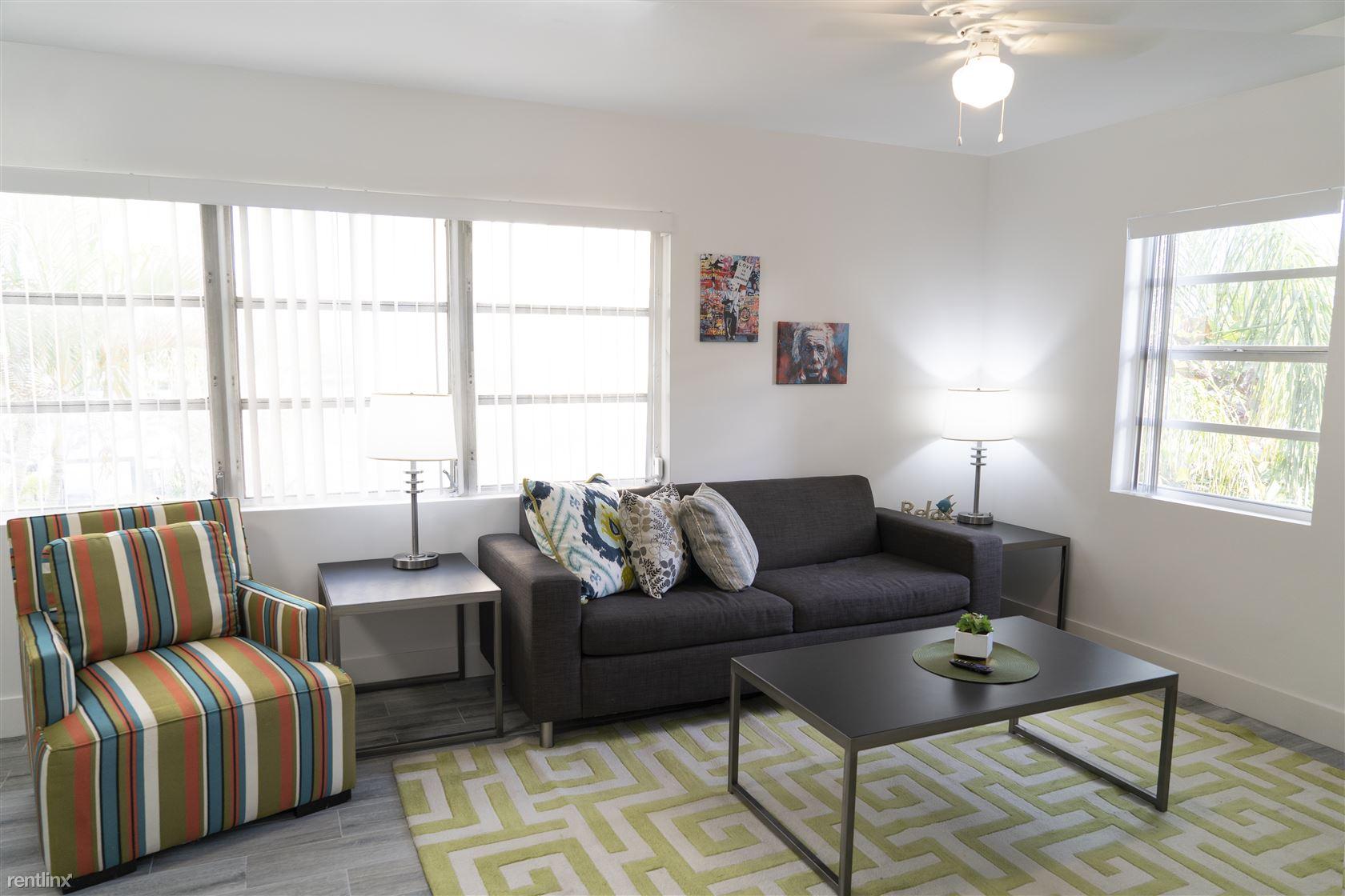 905 NE 18th Ave Apt 111, Fort Lauderdale, FL - $1,850