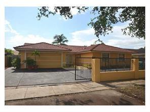 20028 NW 64th Pl, Hialeah, FL - $2,500