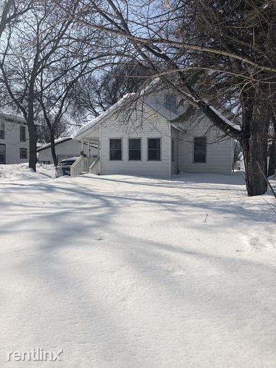 1318 10th St N, Fargo, ND - $1,095