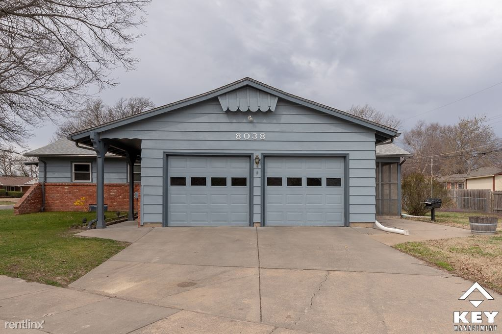 8038 E Dresden Ln, Wichita, KS - $1,250