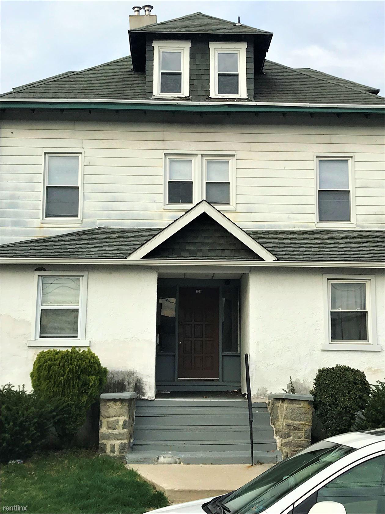 229 Ridley Ave Apt 4, Folsom, PA - $850