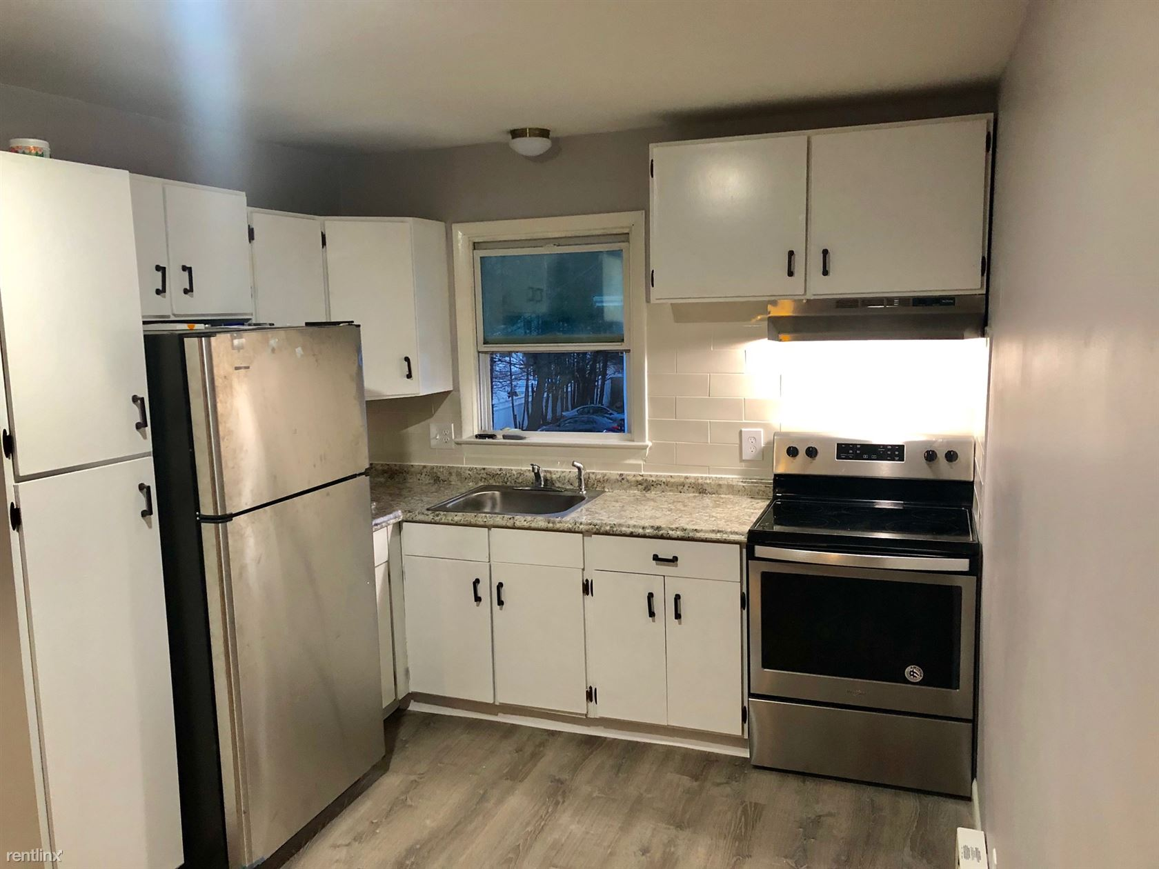 Duplex for Rent in Waterbury