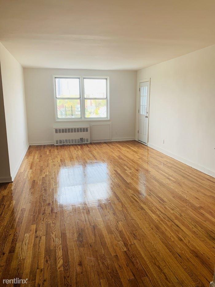 Pelham Rd, New Rochelle, NY - $2,800