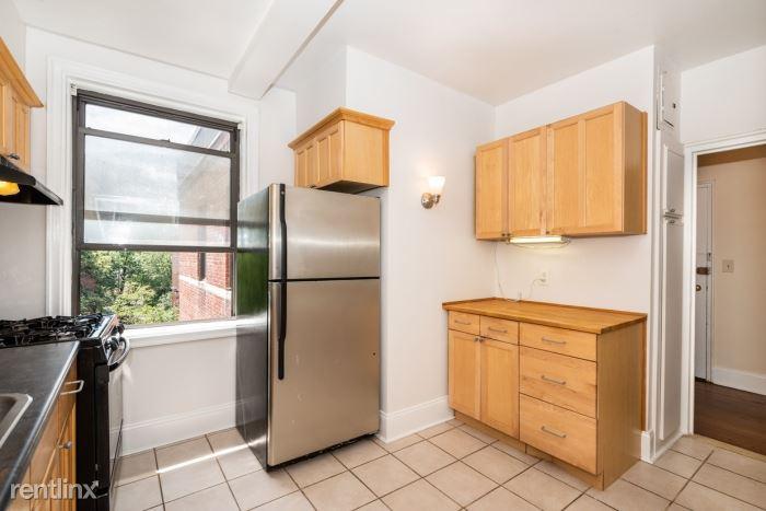 Larchmont Acres, Larchmont, NY - $2,200