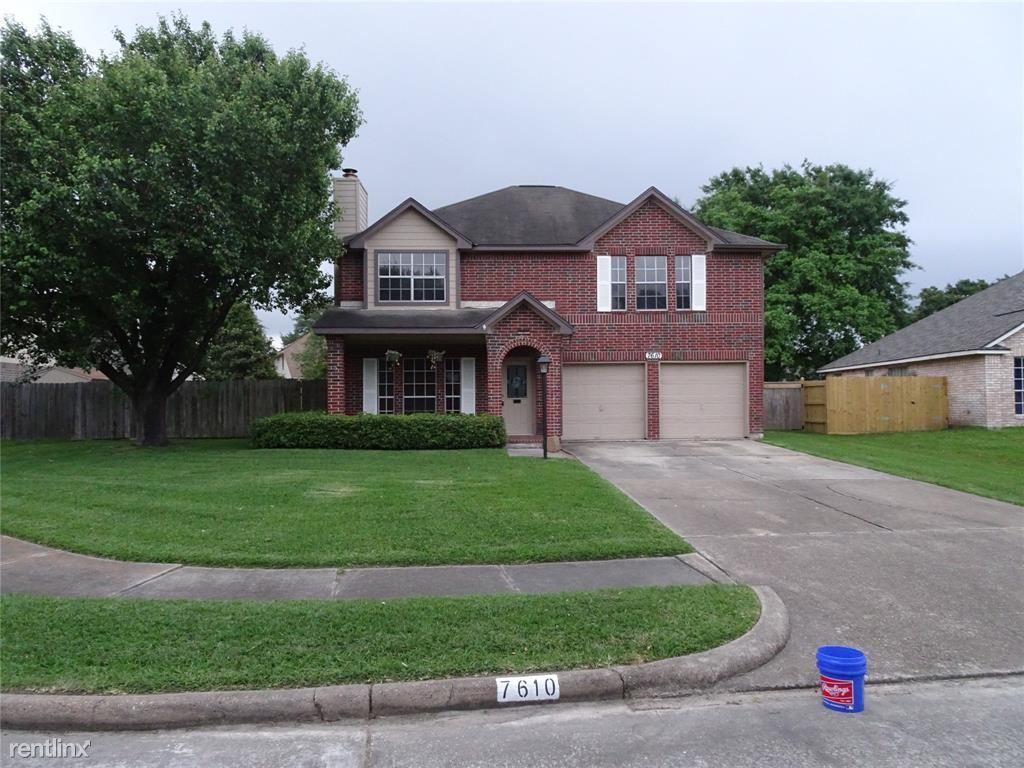 7610, Baytown, TX - $1,649