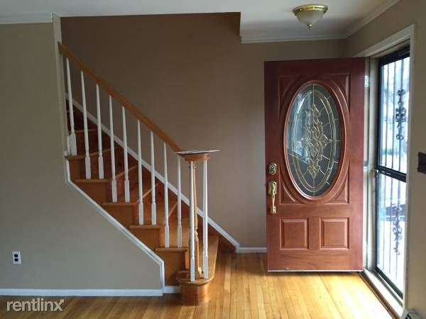 Sommerville Pl, Yonkers, NY - $2,950