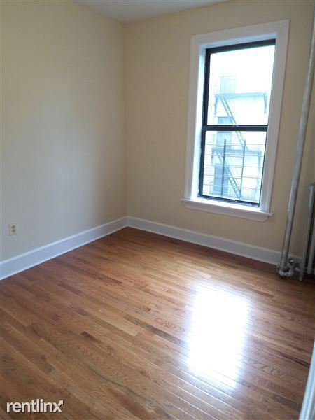 Elm St, Yonkers, NY - $2,875