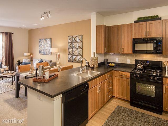 N Highland Ave, Ossining, NY - $2,345
