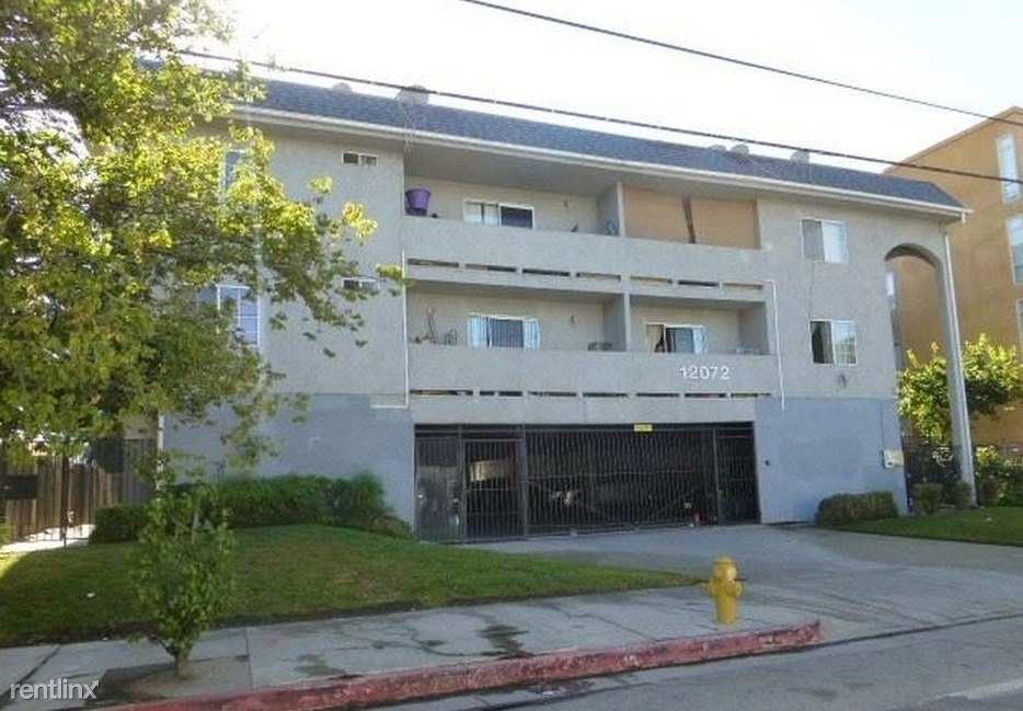 12072 Sheldon St, Sun Valley, CA - $1,500 USD/ month
