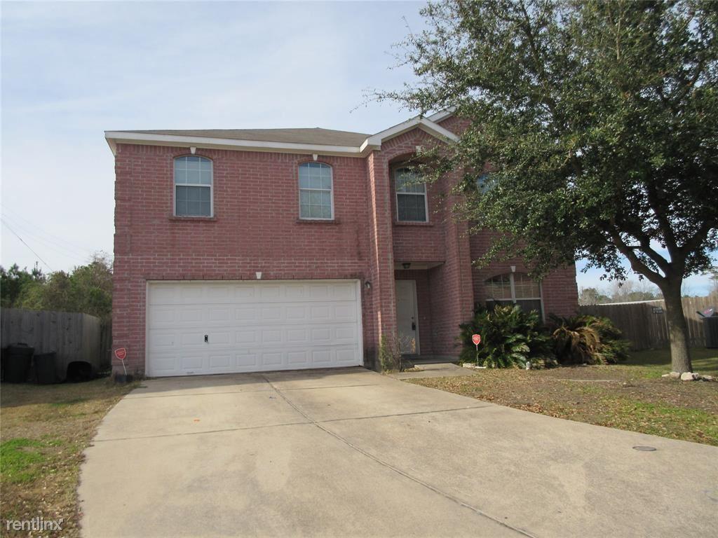 3711, Baytown, TX - $1,595