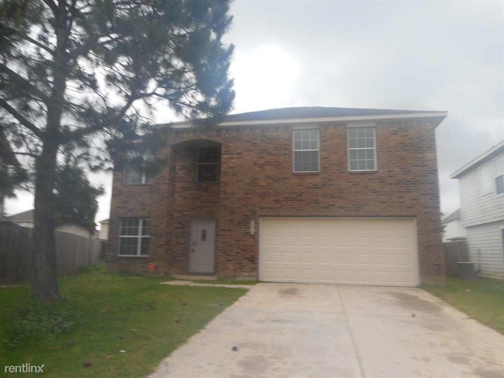 7814, Baytown, TX - $1,875