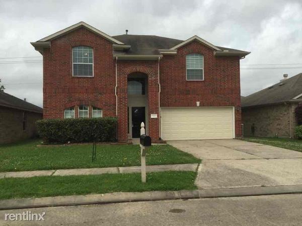 7419, Baytown, TX - $2,104