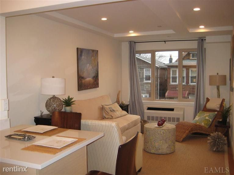 Middletown Rd, Bronx, NY - $3,250