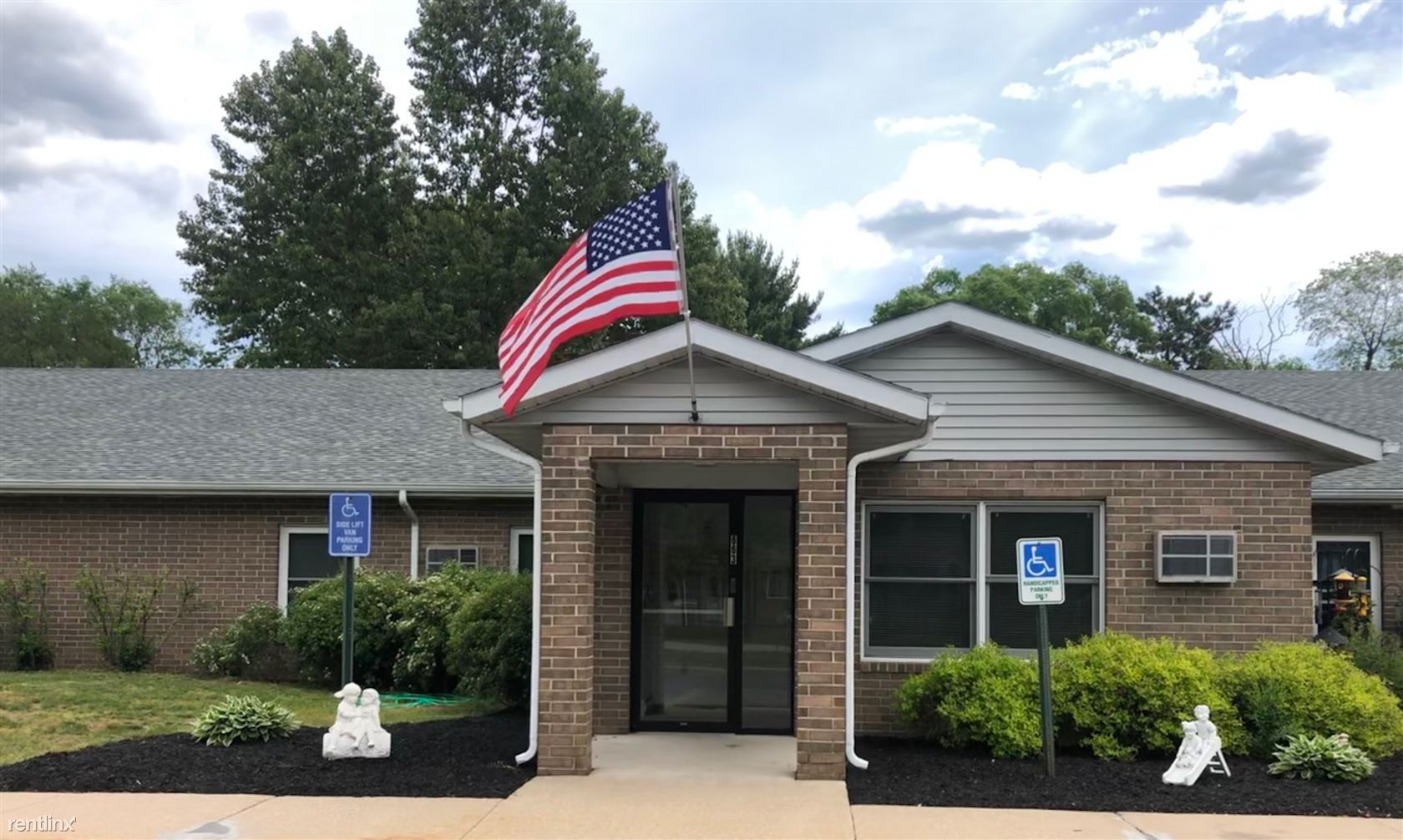 663 S Waupaca St, Wautoma, WI - Rent Based On Income