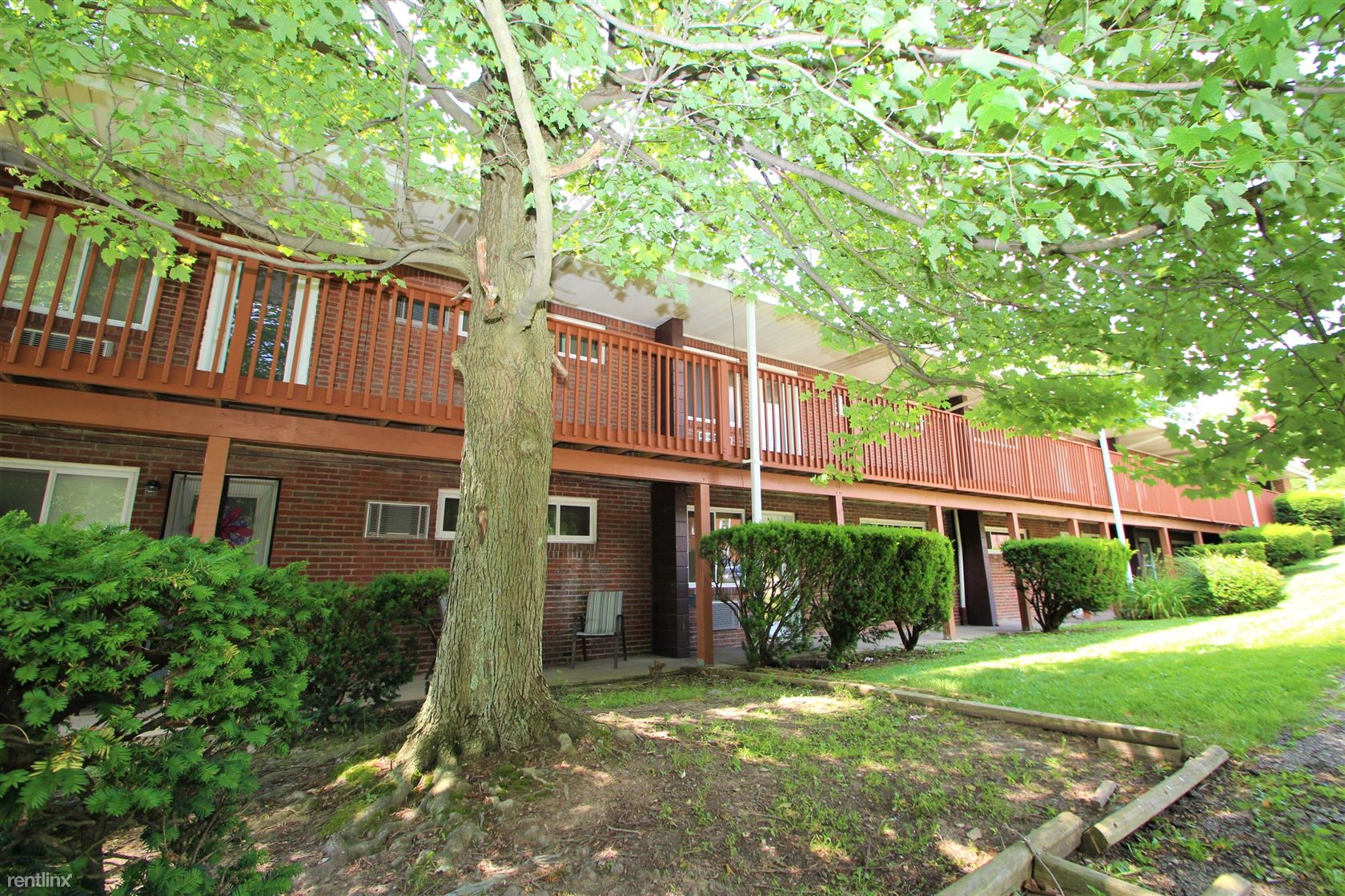 199 Rosemont Dr, Moon Township, PA - $789