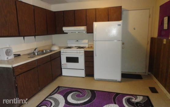 559 Alton Ave, Pontiac, MI - $1,000