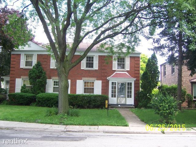 6455 N Drake Ave, Lincolnwood, IL - $1,800