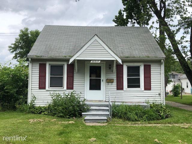 22217 Lange St, Saint Clair Shores, MI - $975