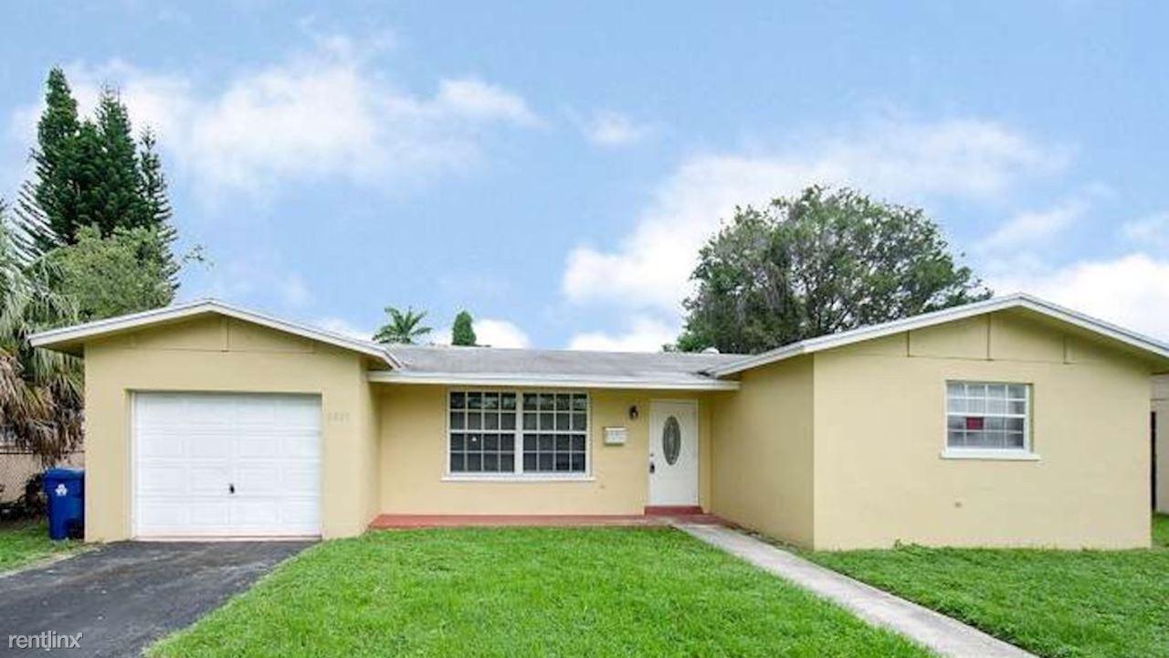 2021 NW 64th Ave, Sunrise, FL - $2,175
