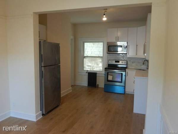 Hamilton Pl, Tarrytown, NY - $2,550