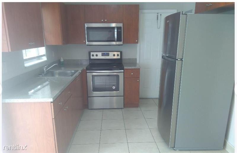 3750 NW 4th Pl, Lauderhill, FL - $1,915