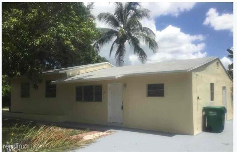 2101 SW 46th Ave, Fort Lauderdale, FL - $1,865
