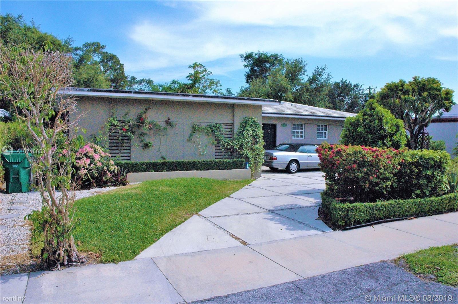 52 Shore Dr W, Coconut Grove, FL - $4,500