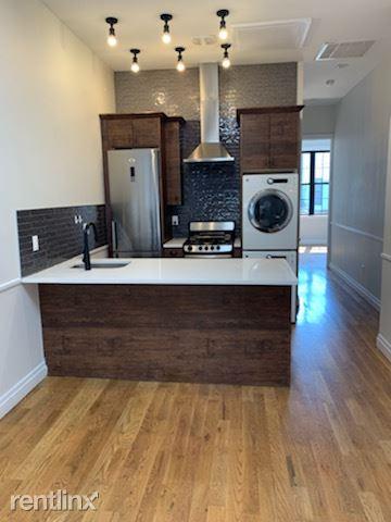 481 Grandview Ave, Ridgewood, NY - $800