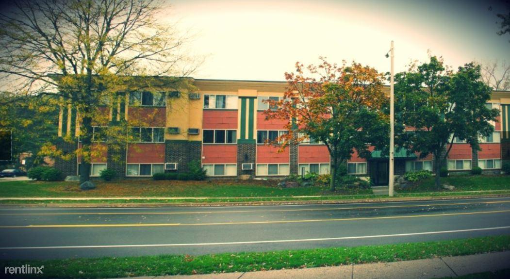 910 Abbot Rd, East Lansing, MI - $725